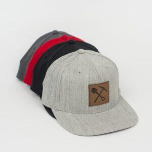 Casquette Snapback avec patch en cuir